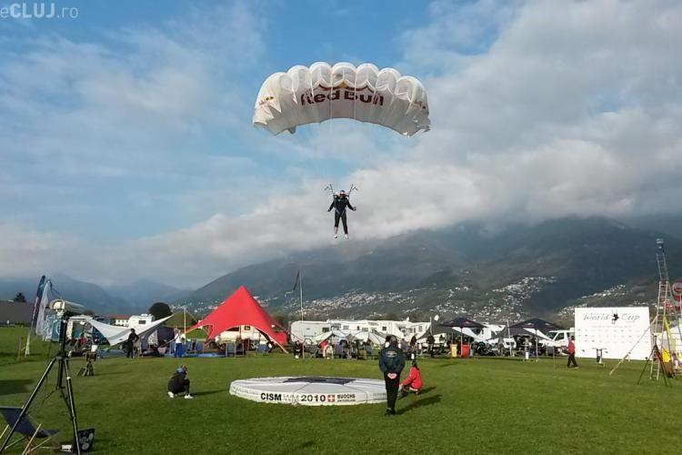 Un român este vicecampion mondial la parașutism