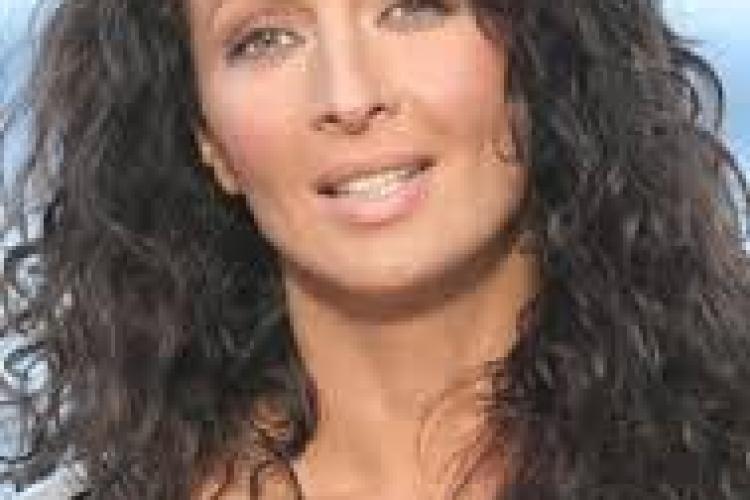 Mihaela Rădulescu s-a pozat după 3 nopți nedormite. Cum arată jurata de la Românii au Talent FOTO