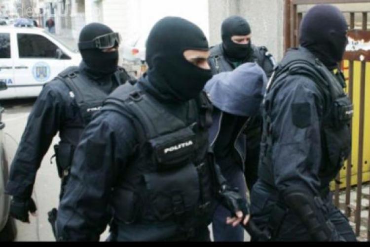 Doi șmecherași din Cluj anchetați de DNA în scandalul retrocedărilor ilegale din Brașov