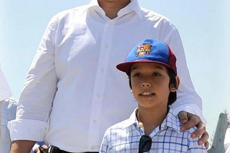"""""""Tati, e adevărat, eşti spion, că aşa a zis Băsescu?"""" - Ce i-a răspuns Ponta fiului său"""