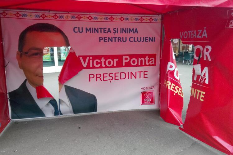 PSD Cluj: Corturile lui Victor Ponta sunt vandalizate - FOTO
