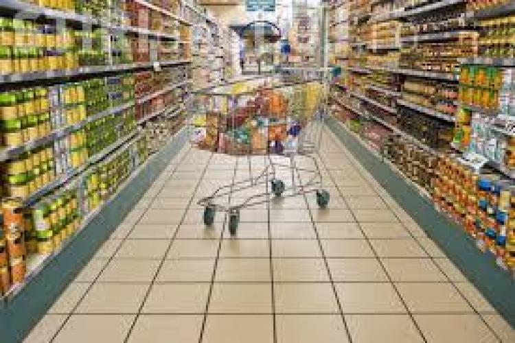 Două supermarketuri se deschid în Florești