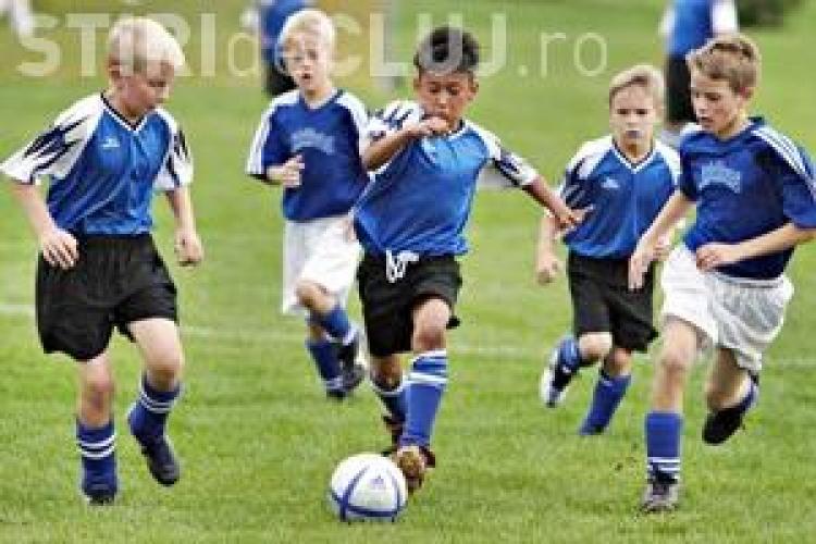 Oră de fotbal în școli de anul viitor. Vezi ce planuri are Guvernul