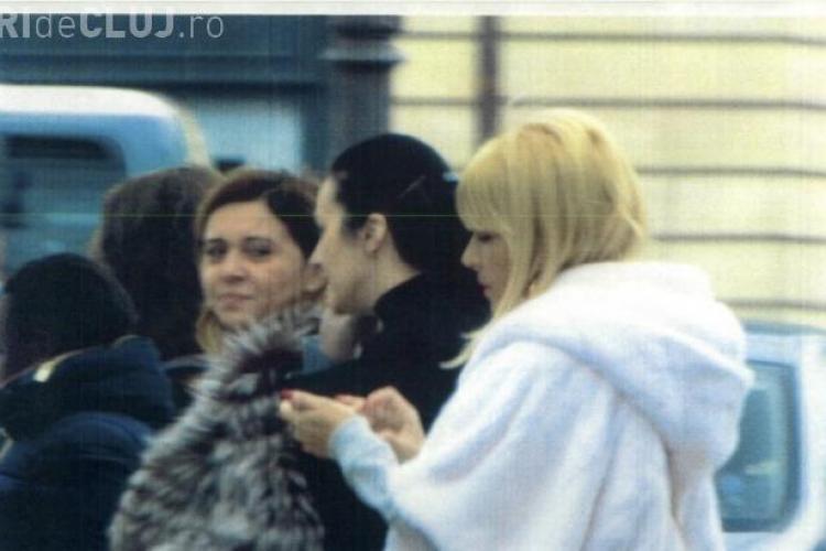 Elena Udrea și șefa DIICOT, Alina Bica, la shopping la Paris. Bica a dat 174 de euro pe prânz