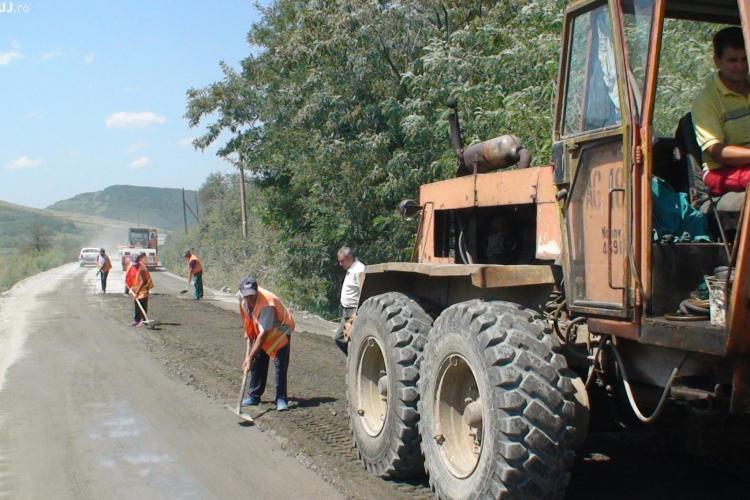 Pe ce drumuri județene din Cluj se lucrează: Valea Ierii, Mărișel, Mintiul Gherlii și Bogata - Călărași