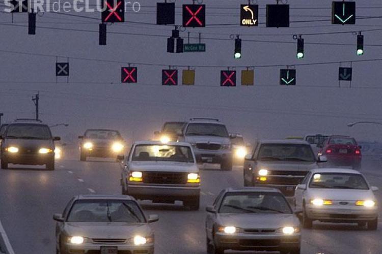 Benzi reversibile pe drumul Florești - Calea Florești - Moților - EXCLUSIV