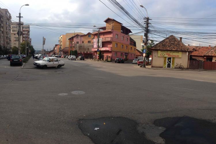Primăria va construi un sens giratoriu pe strada București