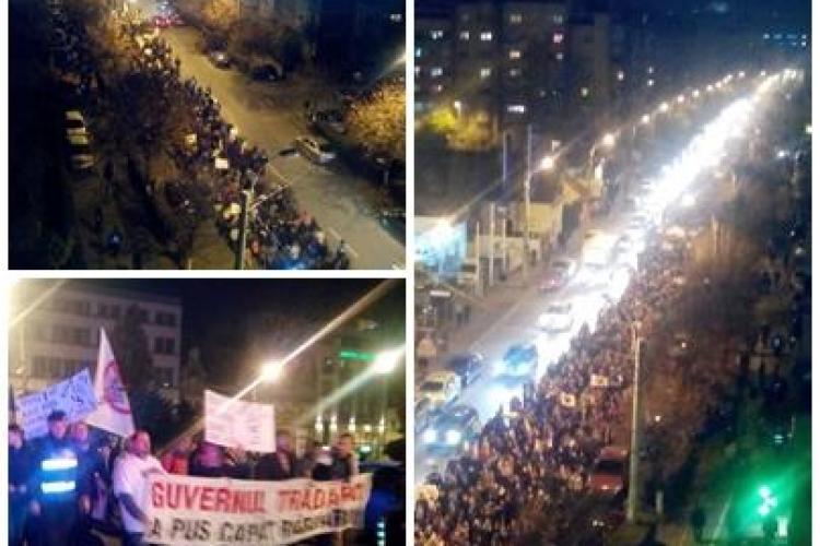 Protest Anti - Ponta la Cluj! / UPDATE - Au fost 12.000 de oameni în stradă - VIDEO și FOTO