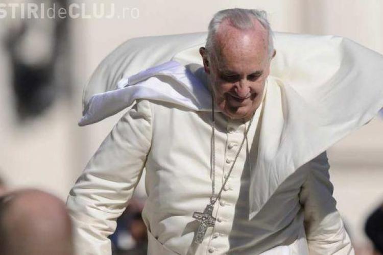 Papa Francisc: Teoria Big Bang -ului este corectă. Dumnezeu nu e magician
