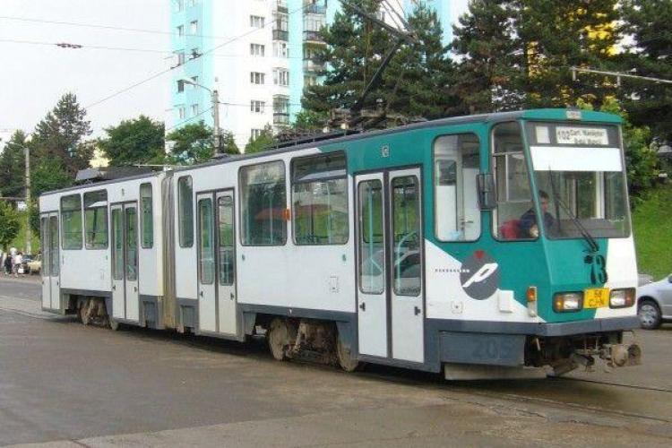 Filme proiectate la Cluj într-un tramvai cumpărat din Germania în 1999. Când va avea loc evenimentul