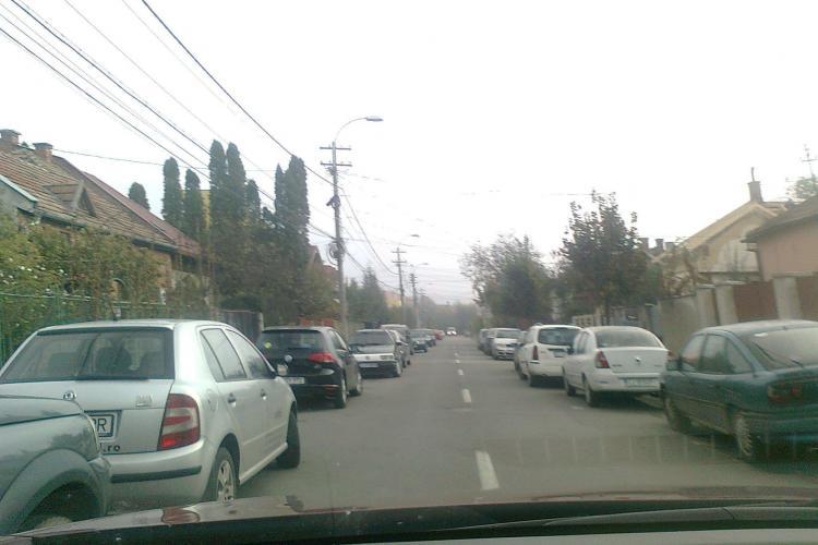 Clujenii se plâng de circulația haotică de pe străduțele din Gheorgheni. Ce soluție are Primăria FOTO