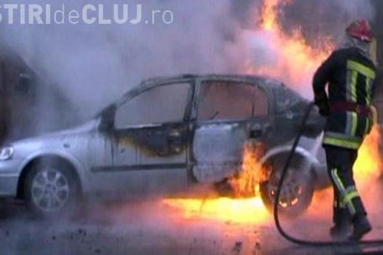 O mașină a luat foc pe strada Tractoriștilor, în Someșeni