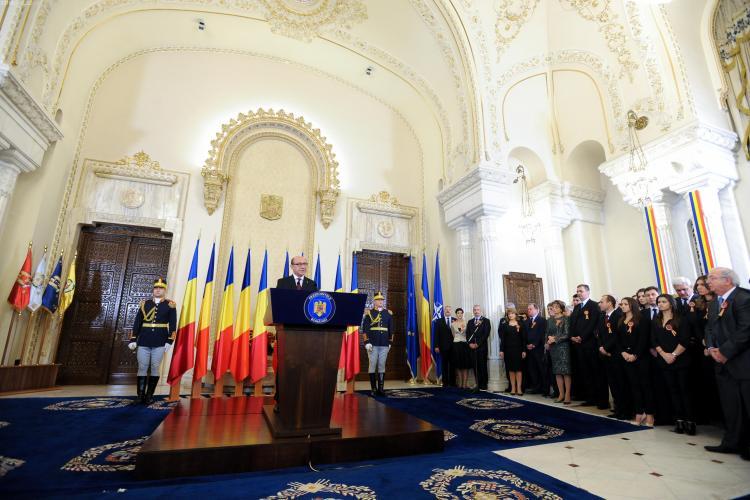 Bilanțul epocii Băsescu: S-a dublat PIB -ul și România are 430 de kilometri de autostradă