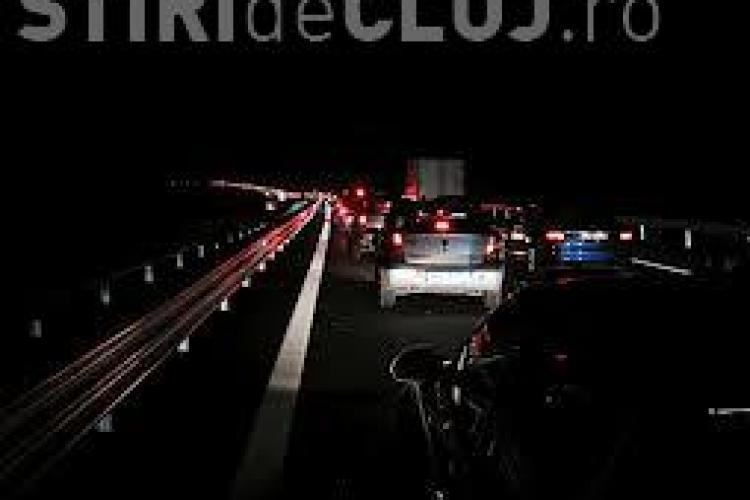 Trafic blocat pe drumul Cluj - Huedin! Cablurile de înaltă tensiune au căzut peste drum - UPDATE