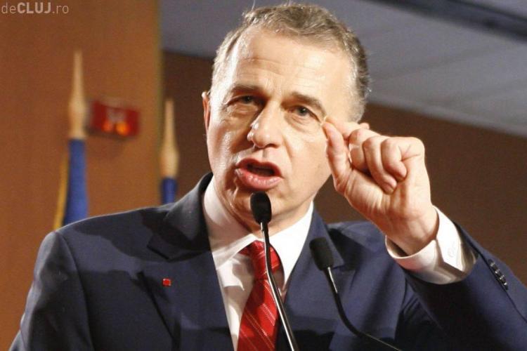Geoană îl atacă dur pe Ponta: A șantajat partidul ca să obțină excluderea mea și a lui Vanghelie