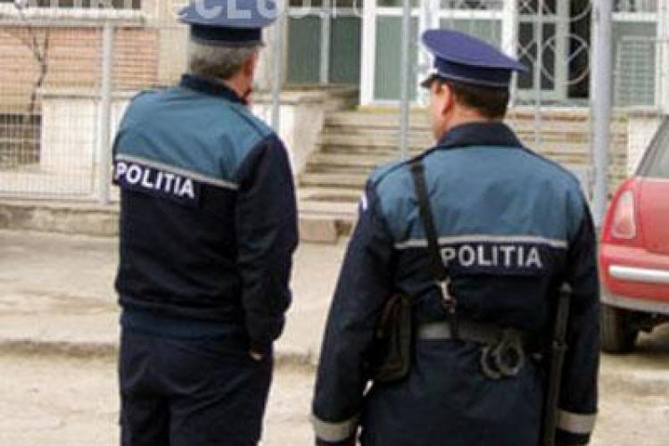 Polițiștii fac proteste în fața Ministerului de Interne! Ei cer banii pentru orele suplimentare