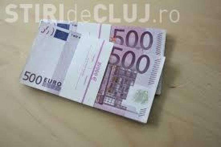 """Soluția extremă a unui profesor pentru a """"reporni"""" economia Europei: 500 euro pentru fiecare locuitor"""