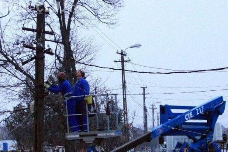 Cluj - Avarie MAJORĂ la rețeaua de electricitate din 12 localități. Viceprimarul din Feleacu: Nu-i un capăt de lume!