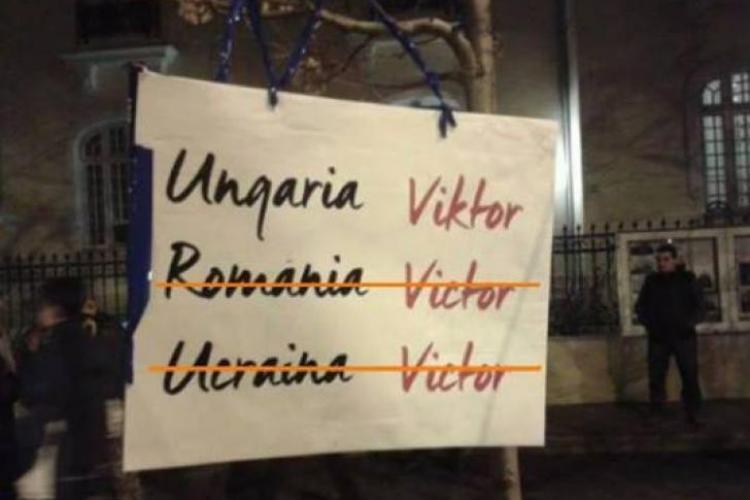 Poza cu cei trei Victori a devenit fenomen viral - FOTO