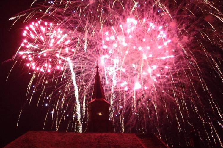 Show spectaculos de artificii și lumini de Revelion la Cluj VIDEO