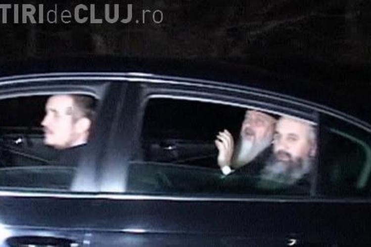 Au EVADAT din arestul IPJ Cluj: La filtrele auto a fost verificată și mașina mitropolitului Clujului, Andrei Andreicuț – VIDEO