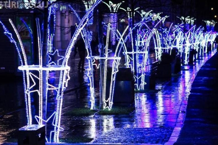 Primăria Cluj-Napoca plătește o avere pe iluminatul de sărbători