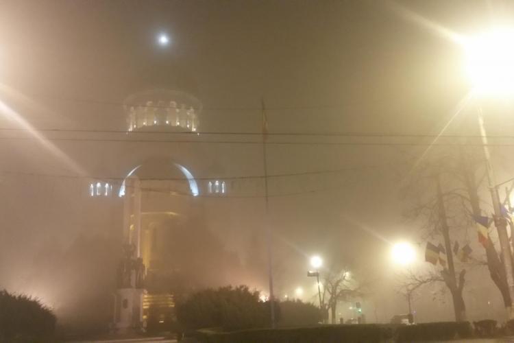 Clujul, învăluit din nou de ceață. Meteorologii au anunțat cod galben