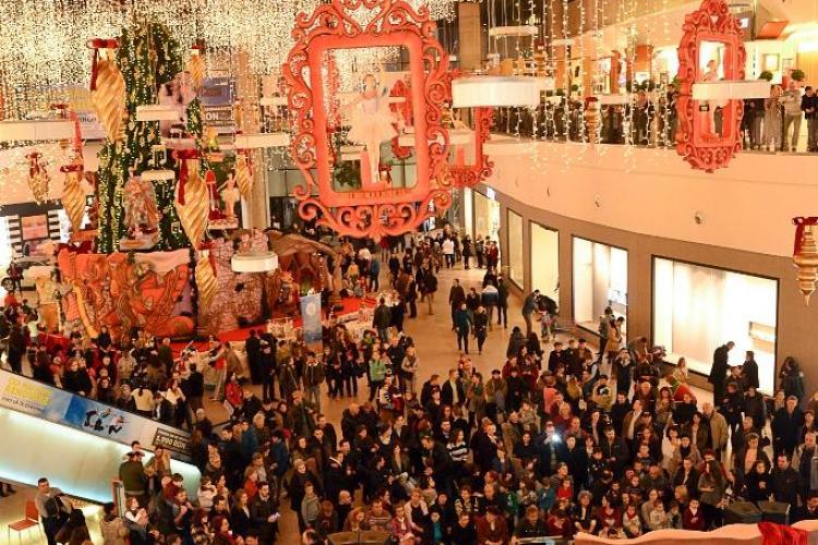 Parada lui Moș Crăciun  la Iulius Mall Cluj. Vezi ce evenimente speciale vor avea loc în weekend
