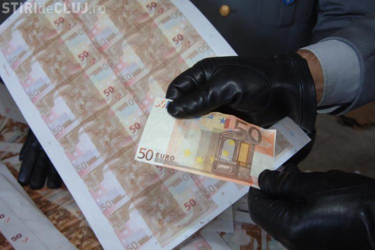 Clujean prins de polițiști după ce a pus în circulație mai multe bancnote false. Voia să fugă din țară