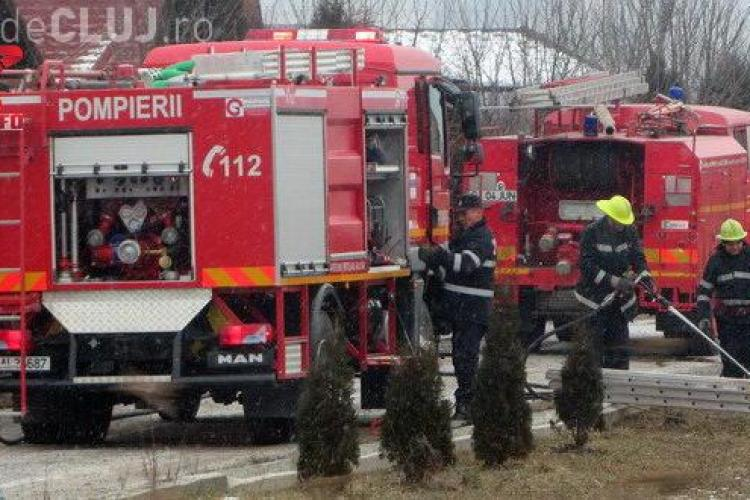 Cabană arsă la Gherla, în prima zi a anului FOTO