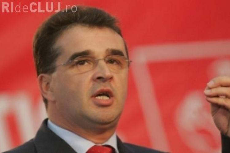 Experta din Cluj și-a vândut semnătura pentru a-l scoate nevinovat pe baronul de Vrancea, Marian Oprișan - INTERCEPTĂRI