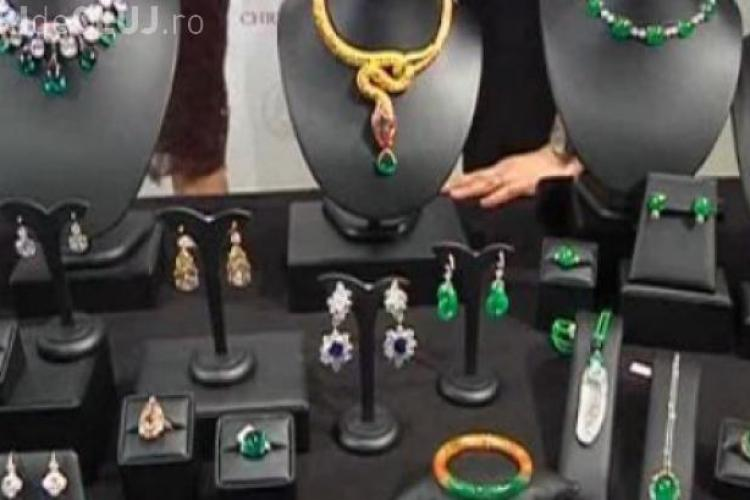 O fetiță de 12 ani a furat un colier de diamante de 4,6 milioane de dolari