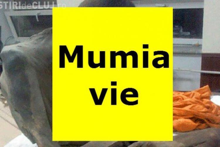 """Mumia vie. Medicii spun că nu a murit, ci """"MEDITEAZĂ"""" - FOTO"""