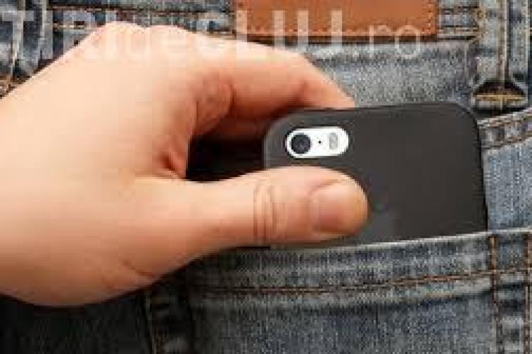 Clujean cercetat după ce a furat un telefon mobil dintr-un local de pe Republicii