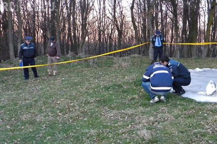"""Un cadavru neidentificat a fost găsit în pădurea """"bântuită"""" din Cluj"""