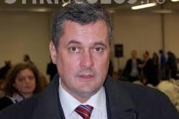 Romeo Couți, directorul TVR Cluj, a trecut cu bine de evaluare, dar rămâne în război cu angajații