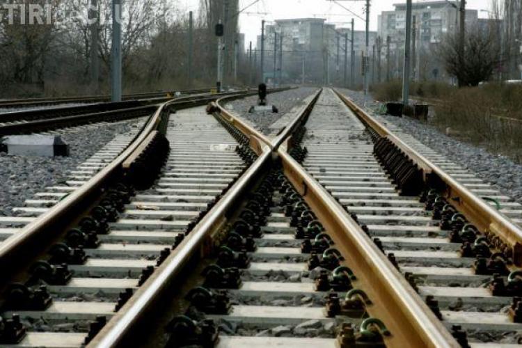 Hoți prinși de polițiștii clujeni după ce au furat peste 25 metri de șină ferată