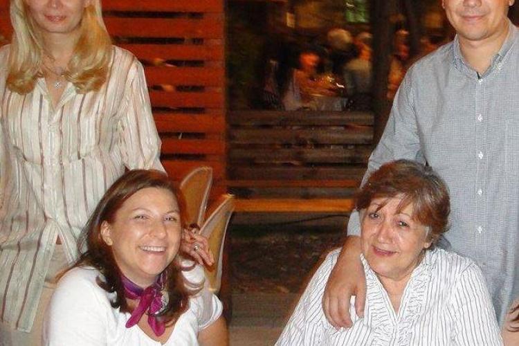 Mama lui Victor Ponta la ieșirea de la DNA: Chiar vreți să ne batem aici?