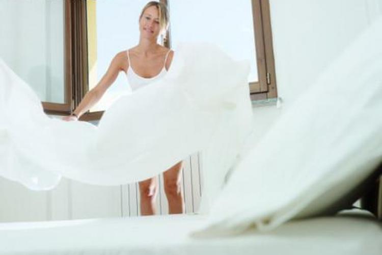 Cât de des trebuie să speli lenjeria de pat