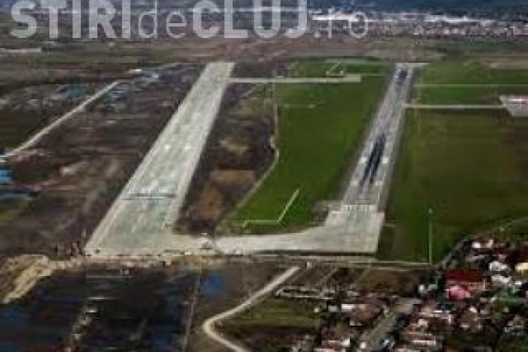 """Parcarea avioanelor de la Aeroportul Cluj este deținută pe """"șmecherii"""" de un bărbat"""