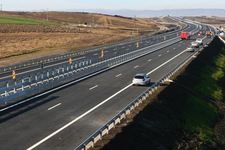 Autostrada Transilvania are nevoie de REPARAȚII pentru că fierul pilonilor a ruginit