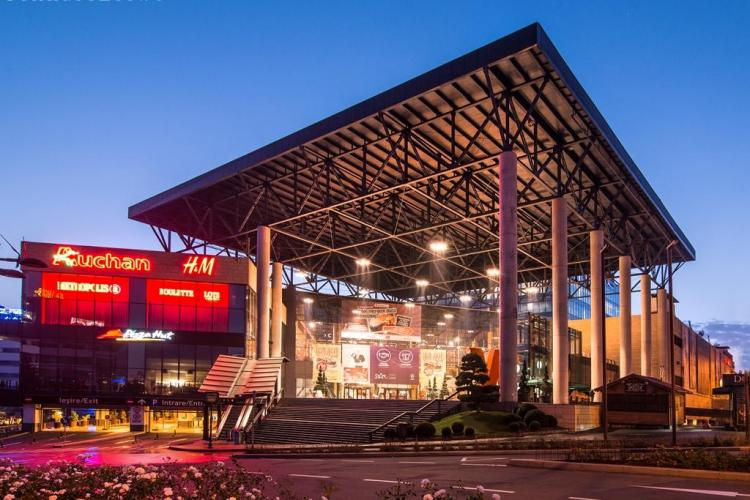 Iulius Mall Cluj stinge luminile