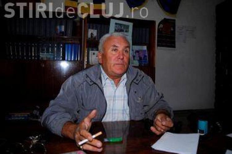 Primarul din Mănăstireni e în funcție, cu toate că ANI l-a declarat incompatibil din februarie