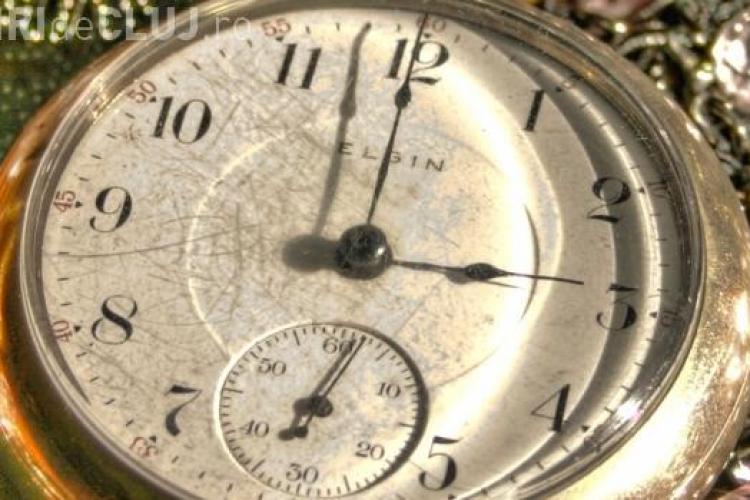 Cât se SCHIMBĂ ORA și cum ne afectează? ORA de VARĂ 2015