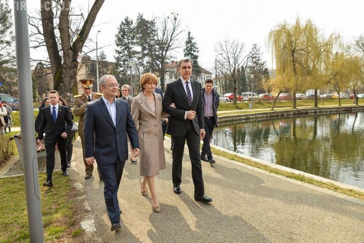 Familia Regală, în vizită la Cluj. Au plantat doi copaci în Parcul Central FOTO