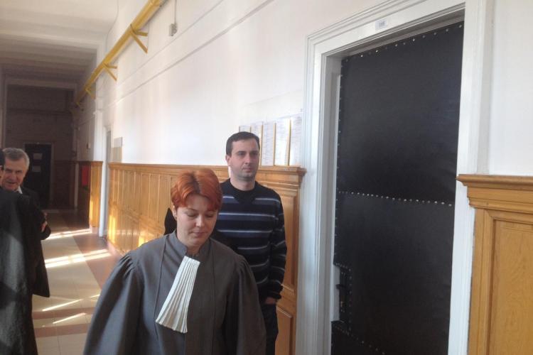 Cum arată acum consilierul lui UIOREANU, Răzvan Pop, cel care ținea evidența ȘPĂGILOR. A fost audiat cu ușile închise