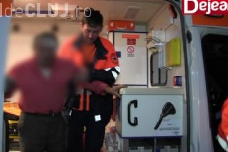 Scandal la un bar din Dej. Un tânăr s-a răzbunat pe un vecin care l-a bătut în copilărie VIDEO