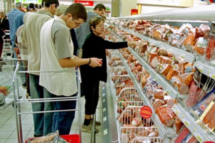 Marile magazine scumpesc prețurile înainte de scăderea TVA. Parlamentarii sunt în alertă