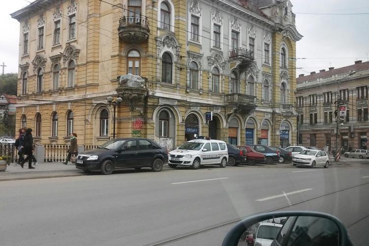 Clujul este blocat de mașini, dar polițiștii sunt la cantină - FOTO