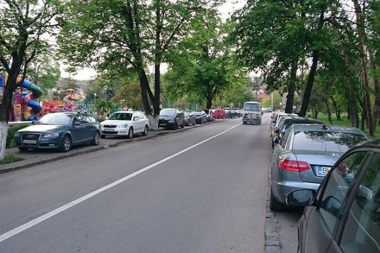 Adio parcări pe trotuar la Parcul Central și Cluj Arena! Ce propune un consilier local